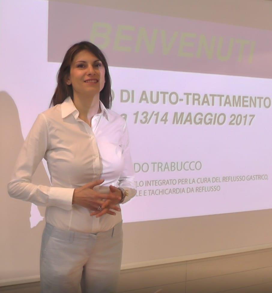 Dott.ssa Imma Trabucco Fisioterapista Posturologa, Osteopata viscerale e Specialista in manipolazione viscerale, Ricercatrice e Autrice